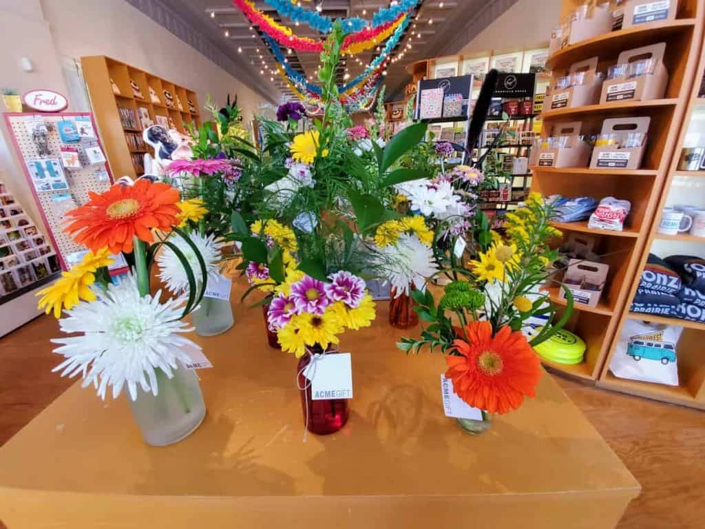Ready made floral arrangements, when you need to grab and go.